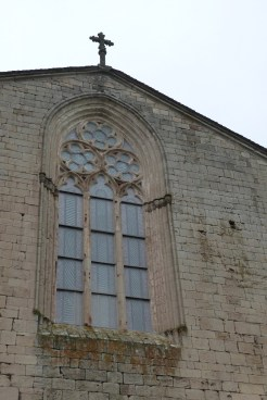 Abbaye de Sylvanès - vitrail- façade ouest
