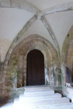 Le cloître - porte d'accès