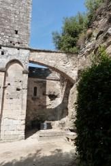 Cour du chevet et terrasse (9)