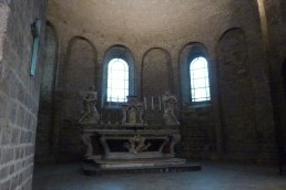L'abside et le choeur (2)
