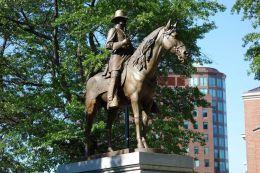 Statue équestre du général Burnside