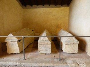 Sarcophages mérovingiens 6e-7e siècle