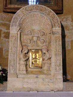 Autel et tabernacle