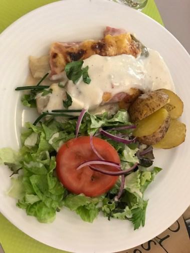 lunch in Colmar - salad