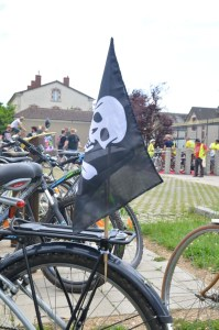 V10Bourges_drapeaunoir