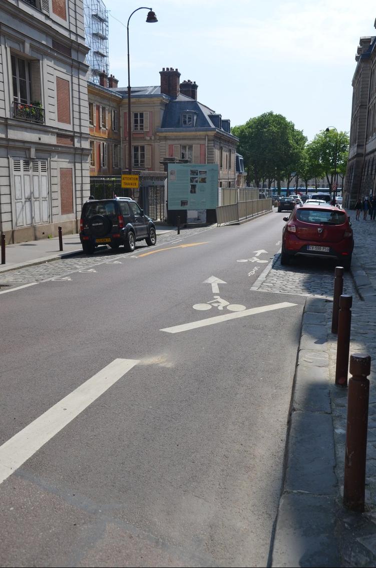 Versailles_sortie_bande-cyclable