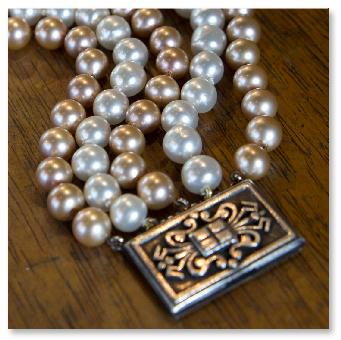 jeanne-danjou-bijou-paris-bracelet-fermoir-estampe-perles-rousselet-ancien-vintage-11
