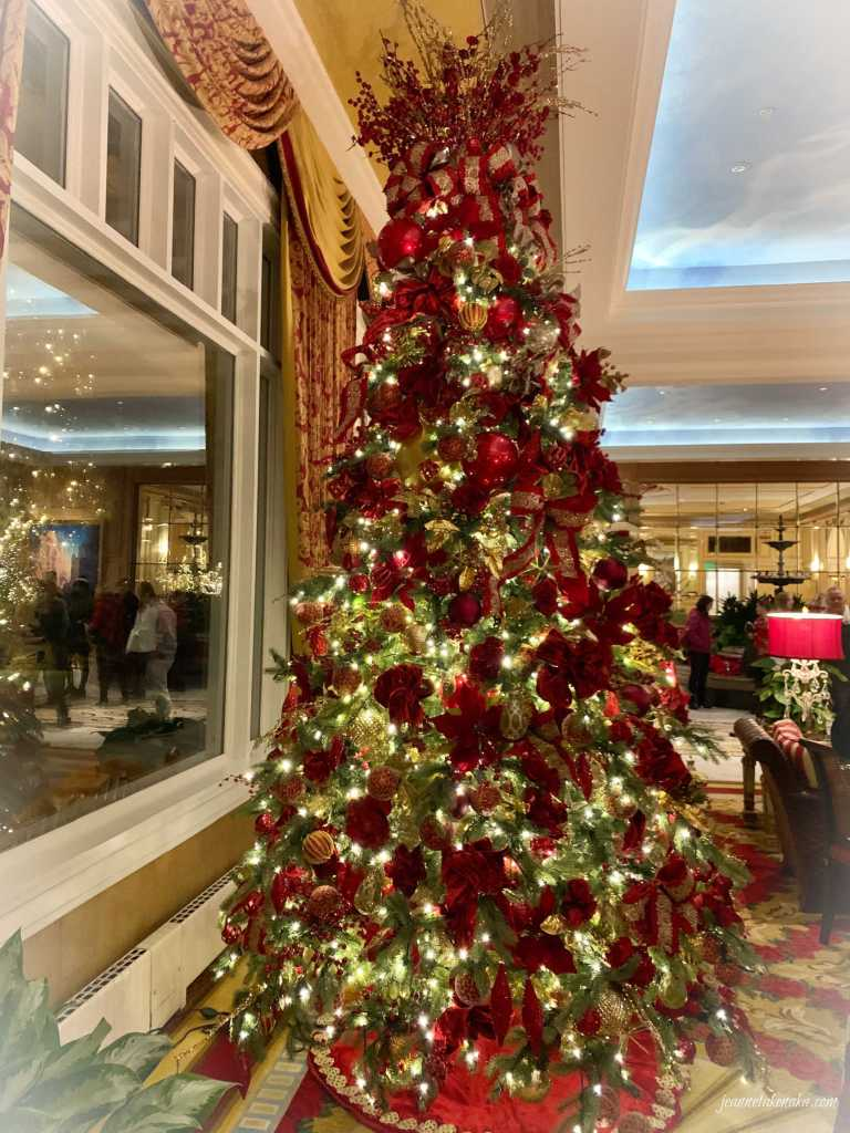 A full-size photo of a Christmas tree
