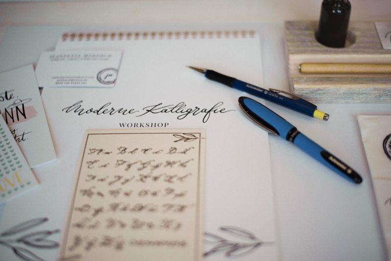 Moderne Kalligrafie lernen Feder Tusche Papier Übungen Workshop Kurs