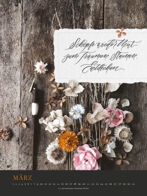 Jahreskalender 2021 Blühende Worte Trockenblumen floral Kalligrafie Kalligraphie