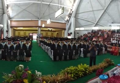 77 Mahasiswa Jurusan Ekonomi dan Bisnis Diwisuda Pada 26 September 2019.