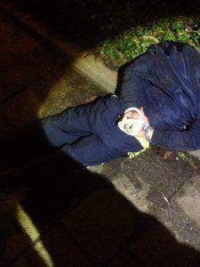 een nachtelijke autoinbraak werd opgemerkt door een buurt apper. Een heterdaadje door de politie volgde.