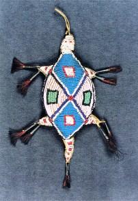 Amulette à cordon ombilical Kiowa (Californie)