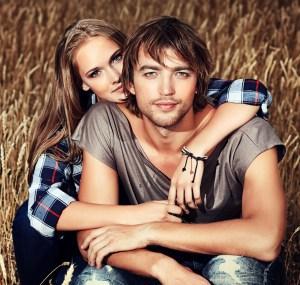 Couple-wheat1647x1567