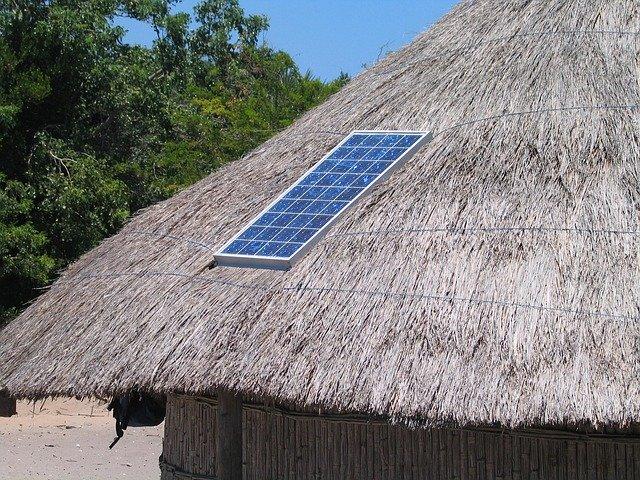 Kit solaire nomade : faut-il le faire soi-même ou l'acheter ?