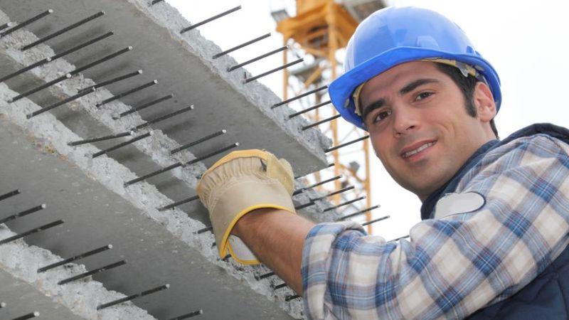 Combien faut-il prévoir pour réaliser une dalle de béton au m2 ?