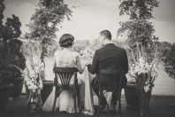 Jedan-frajer-i-bidermajer-letnje-vencanje-inspiracija-mladenci-beograd-bride-glam-style-20s-dress-ri.jpg