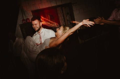 Jedan_frajer_i_bidermajer_serbian_belgrade_wedding_wedding_planning_dance (4)