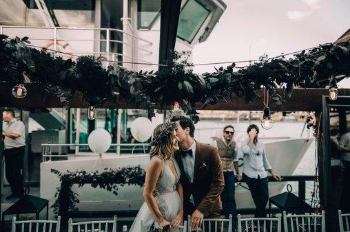 Jedan_frajer_i_bidermajer_serbian_belgrade_wedding_wedding_planning_bride_groom_decoration_greenery