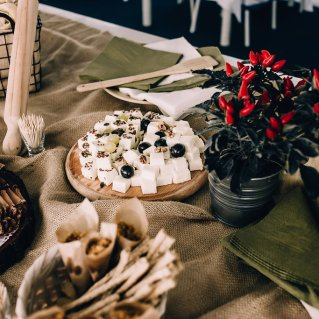 Jedan_frajer_i_bidermajer_serbian_belgrade_wedding_wedding_planning_decoration_food_2