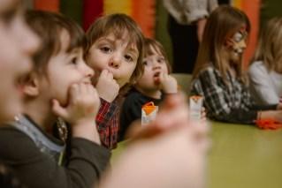 Jedan_frajer_i_bidermajer_organizacija_i_dekoracija_dečjih_rodjendana_deca_11