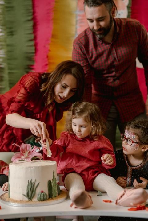 Jedan_frajer_i_bidermajer_organizacija_i_dekoracija_dečjih_rodjendana_torta_7
