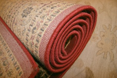 spread rugs chores for kids in ramadan