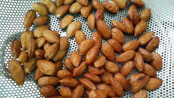 blanched almonds jeddahmom