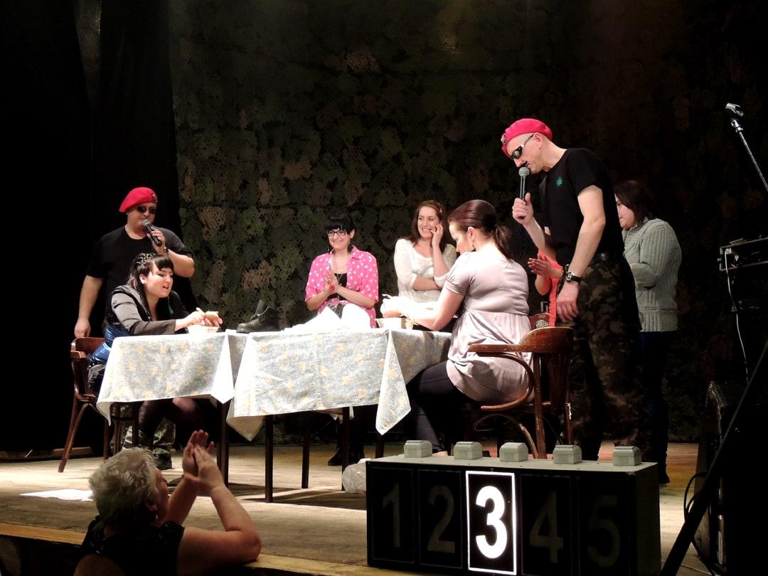 Babskie Manewry - Babski Comber Show