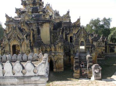 Znudzenie świątyniami