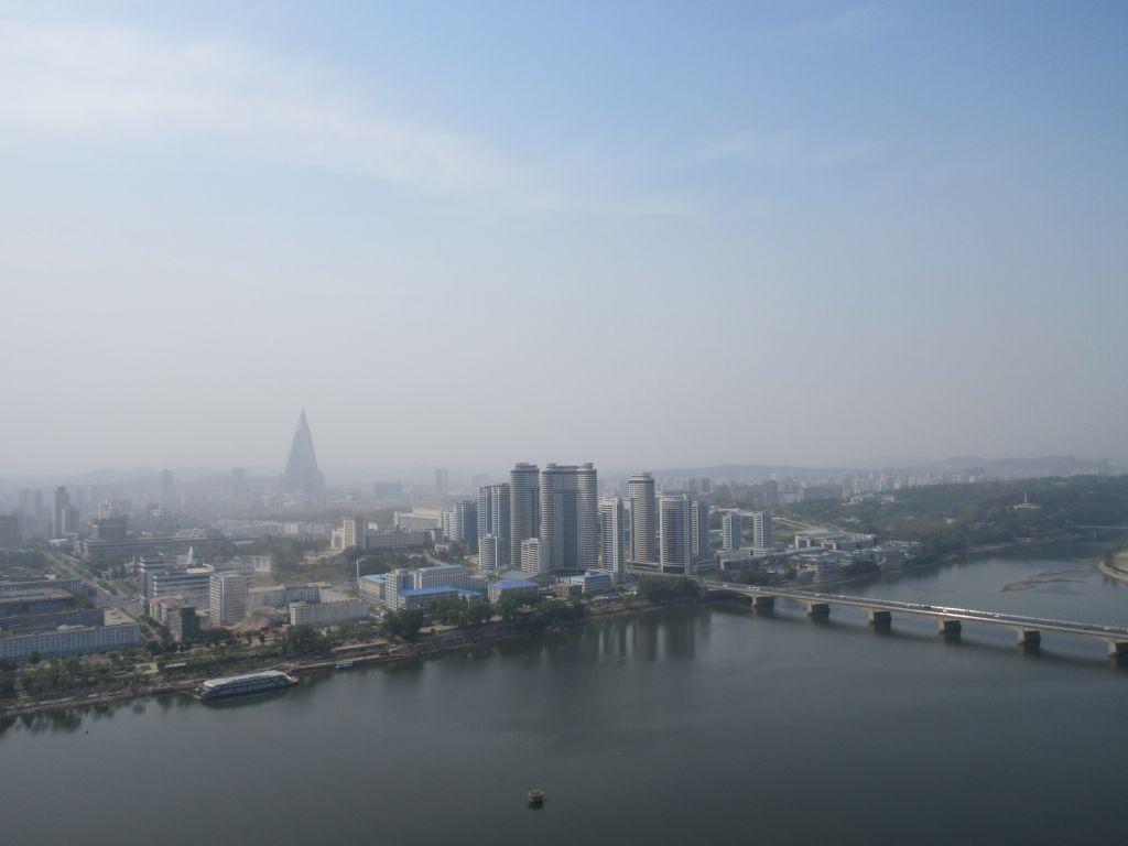 Pjongjang - widok z Wieży Dżucze
