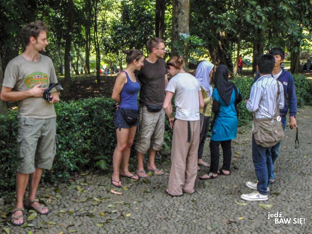 Indonezja - nauka angielskiego na ulicy