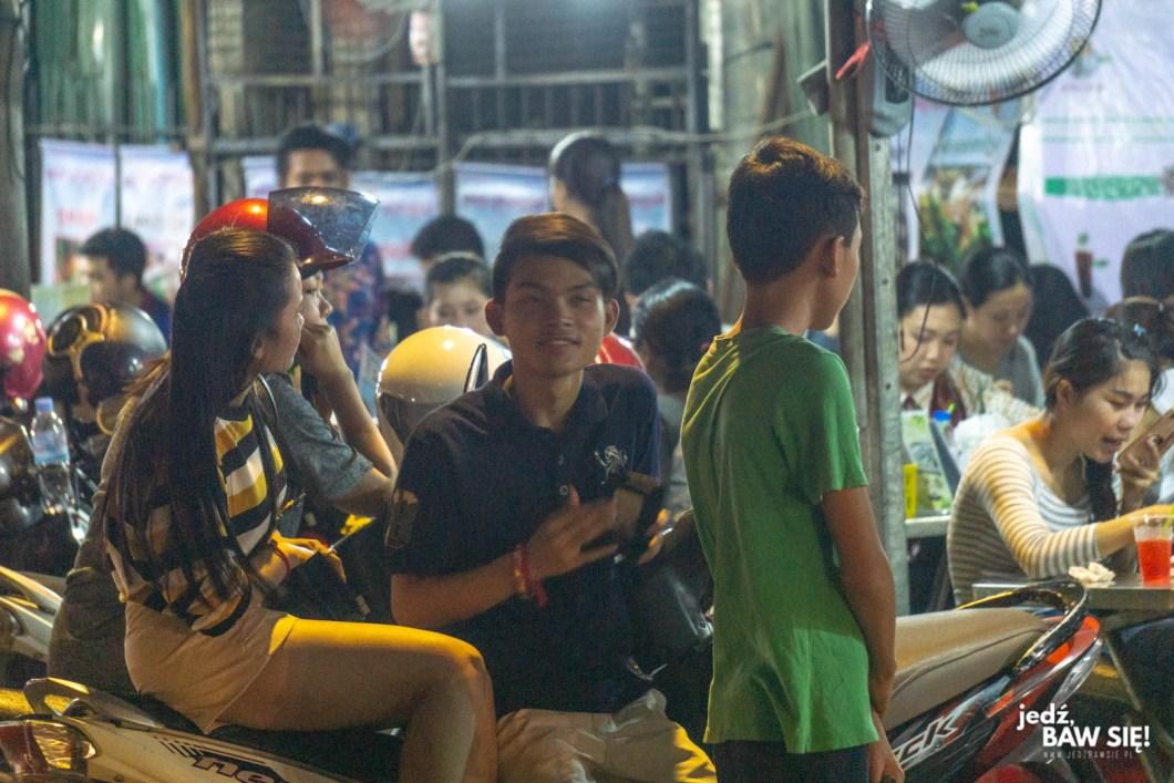 Phnom Penh - nastolatki