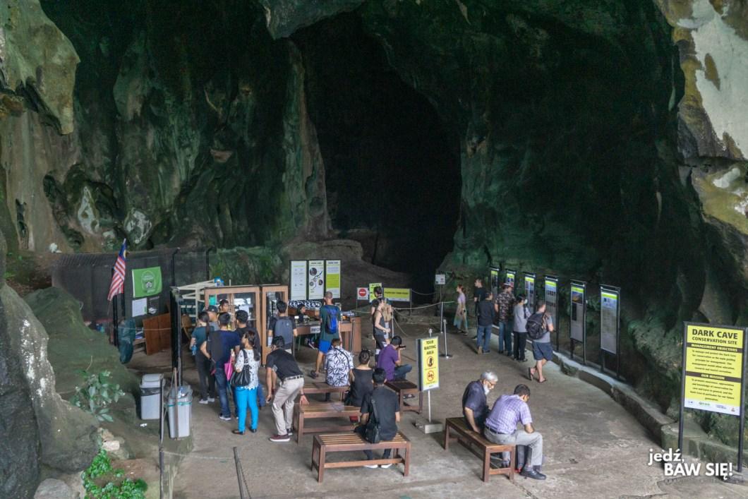Batu - Mroczna jaskinia