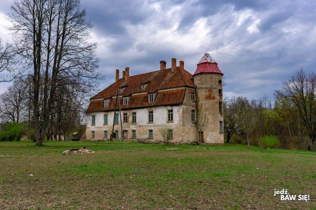 Łotwa - dworek w Vormsate