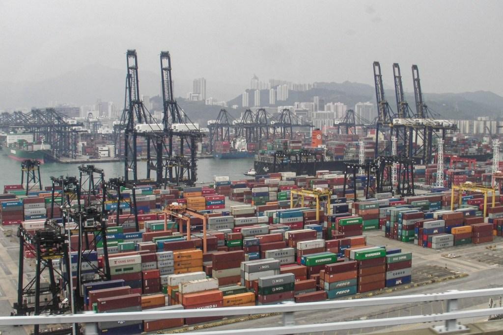 Hong Kong - port towarowy