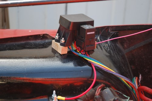 small resolution of finally you ll see in the picture on the right the connection to the existing fuse block under the dash a simple matter of popping out the sme fuse