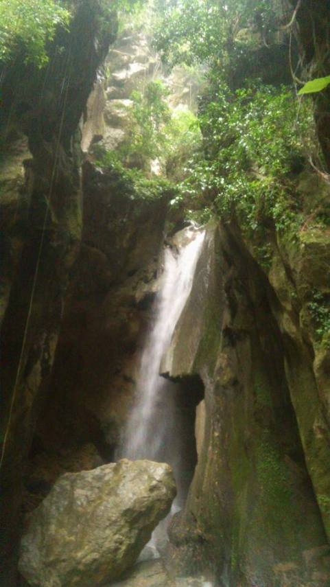 montaneza falls