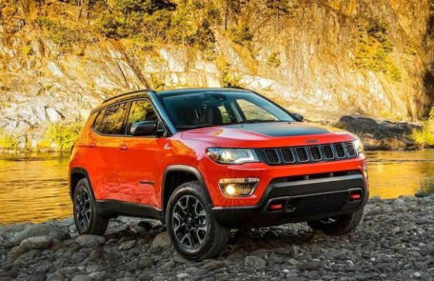 2018 Jeep Compass front