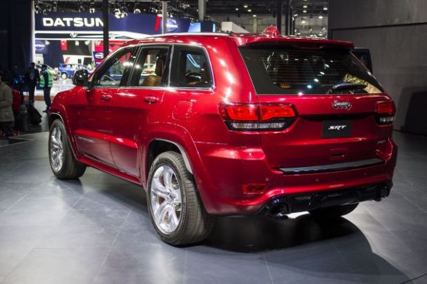 2019 Jeep Grand Cherokee SRT side