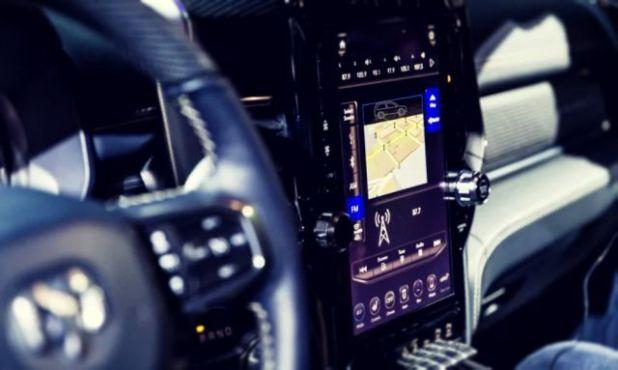 2019 Ram 1500 Hybrid interior