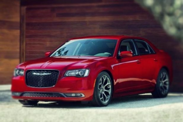 2019 Chrysler 300 SRT8 front