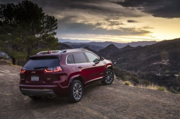 2020 Jeep Cherokee rear