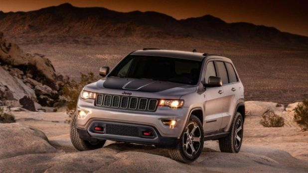 2020 Jeep Grand Cherokee Deserthawk