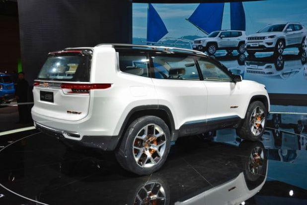 2020 Jeep Yuntu rear