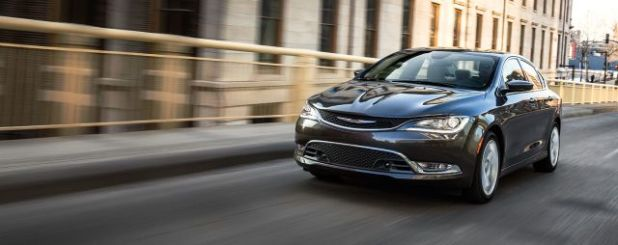 2020 Chrysler 200 front