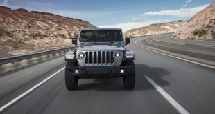 2020 Jeep Gladiator Sport front