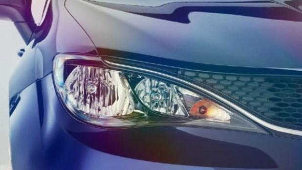 2020 Chrysler Voyager front