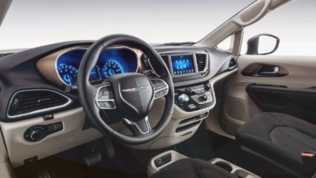 2020 Chrysler Voyager interior