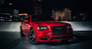 2021 Chrysler 300c Performance Appearance Package